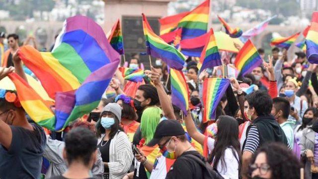 Se realiza en Querétaro la marcha por el orgullo gay