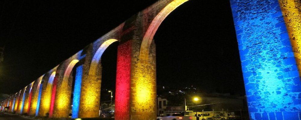 Se iluminará el Acueducto de Querétaro con la Bandera LGBT