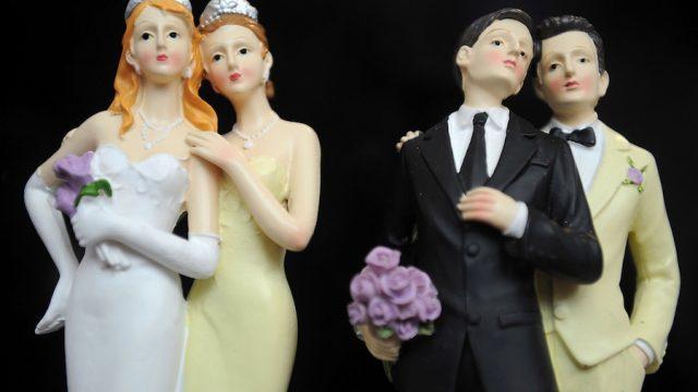 Exigen publicar reforma que permite bodas gay en Querétaro